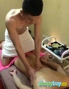Rent boy Oriental Lad Calvin  24yr - massage