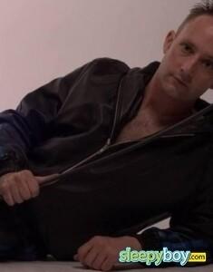 Rent boy Kris Domlad 35yr - massage